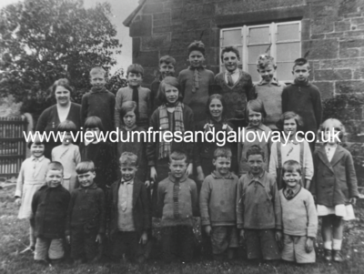 Gatelawbridge School - class photograph