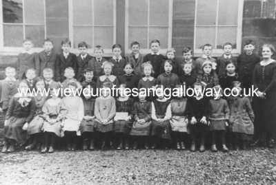 Thornhill Primary school - class photograph